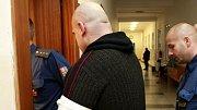 Muž, který v autě bodl svou družku, půjde do vězení na šest a půl roku. V těchto dnech o tom rozhodl Vrchní soud v Olomouci. Foto: Deník / Pavel Sonnek