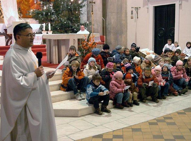 Vánoční mše v katedrále Božského spasitele v Ostravě