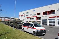 Vojenské sanitní vozy.