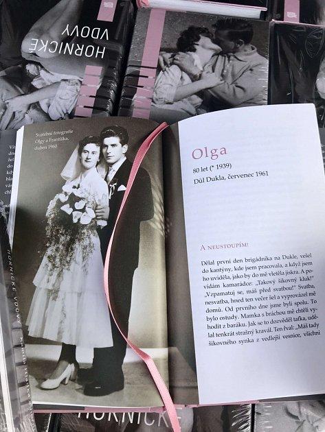 Olga, nejstarší příběh je zroku 1961a váže se ktragédii na Dole Dukla.
