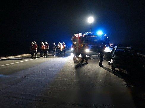 Dopravní nehoda s následným požárem na D1.