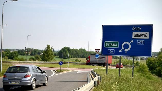 Už v příštím roce by měla být zahájena dostavba Mostní ulice v Ostravě-Hrabové. Komunikace povede v blízkosti zástavby rodinných domů.
