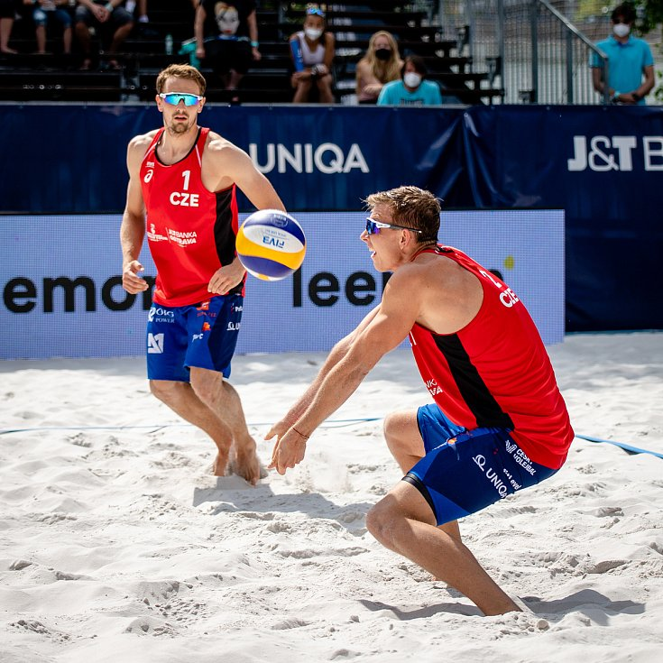 J&T Banka Ostrava Beach Open, 3. června 2021 v Ostravě. Ondřej Perušič (CZE) a David Schweiner (CZE).