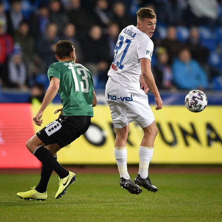 Utkání 22. kola první fotbalové ligy: Baník Ostrava - FK Jablonec, 24. února 2020 v Ostravě. Zleva Dominik Plechatý z Jablonce a Ondřej Šašinka z Ostravy.