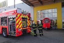 Hasiči zasahovali v pondělí dopoledne u požáru v supermarketu v Ostravě-Dubině.
