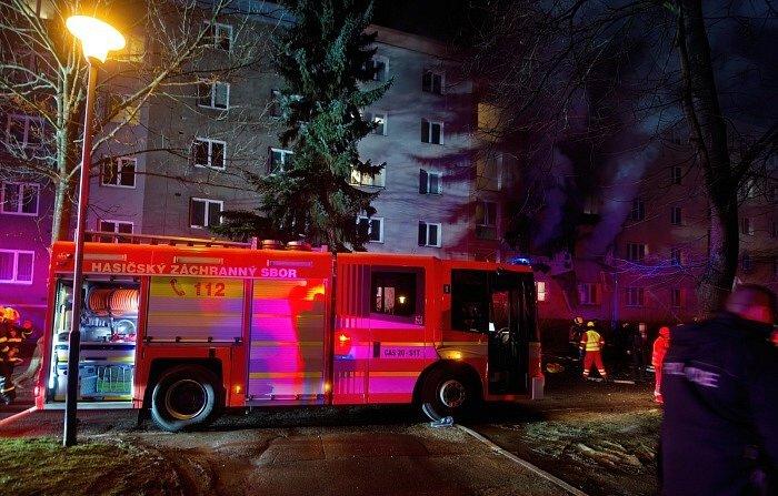 Noční zásah hasičů.