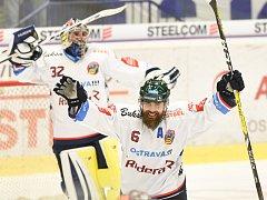 JAN VÝTISK během vítězného domácího utkání se Spartou. Vítkovice zvítězily 3:1 a ostravský tvrďák si připsal do Radegast indexu rekordních 15 bodů.