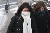 Zejména obyvatele velkých měst Moravskoslezského kraje trápí v těchto mrazivých dnech špinavý vzduch.