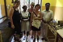 Studenti z Ostravské univerzity začnou vyjíždět na stáže do nemocnice na Srí Lance. Na fotografii je tým členů z Lékařské fakulty OU, který vzájemnou spolupráci vyjednal.