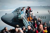 Milovníci vojenské techniky si nenechali ujít sobotní program největší letecko-armádně-bezpečnostní show v České republice Dnů NATO.