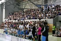 Na oba semifinálové florbalové zápasy Vítkovic a Mladé Boleslavi dorazilo na Dubinu v součtu přes tisíc diváků, kteří vytvořili skutečně skvělou atmosféru.