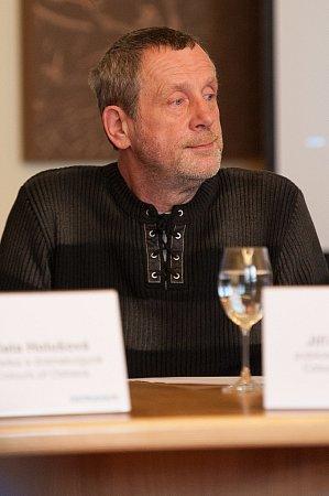 JIŘÍ MORAVČÍK, hudební publicista a expert na world music.