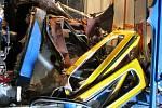 Následky tragické srážky tramvají ve Vřesině 11. dubna 2008.