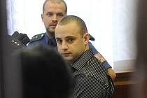 Šestadvacetiletý Ukrajinec Volodomyr Dronyk odešel v úterý od Krajského soudu v Ostravě s překvapivým trestem. Ukrajinec za zabití krajana dostal podmínku.