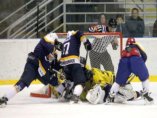 Duely mezi Kopřivnicí a Šumperkem nabízí pokaždé několik gólových momentů.