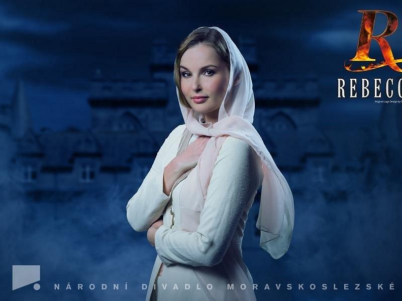 Martina Šnytová v muzikálu Rebecca.