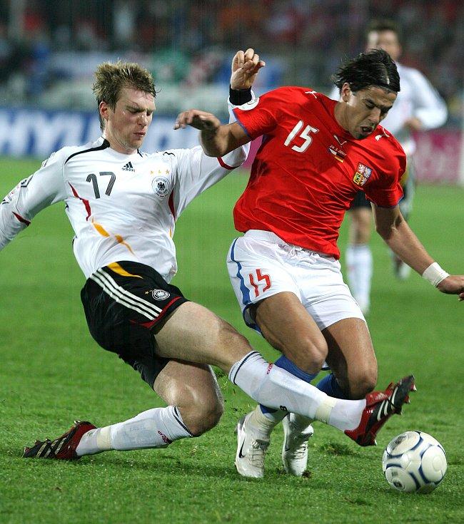 Milan Baroš při zápase s Německem, kvalifikace na ME.