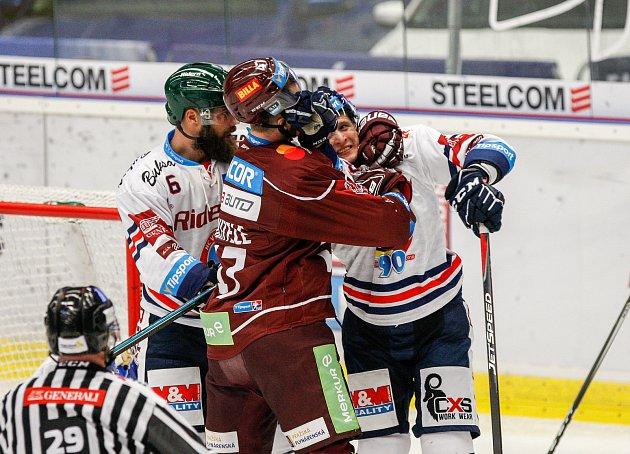 HC Vítkovice Ridera – HC Sparta Praha 3:2 (3:2, 0:0, 0:0)