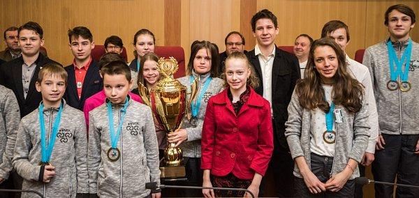 Úspěšní mladí sportovci.
