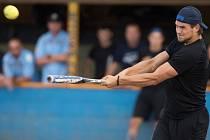 Hokejisté Vítkovic si zahráli exhibiční baseballový zápas proti hráčům Arrows Poruba.