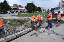 V Ostravě-Porubě vyrůstá už třetí kruhový objezd