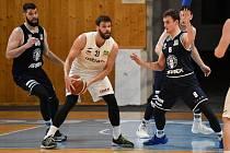 Basketbalová liga mužů, NH Ostrava – BK Děčín, 6. prosince 2021 v Ostravě.
