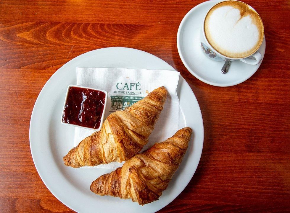 Café Au Pere Tranquille.