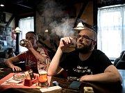 Poslední den, kdy si mohli hosté v restauraci Forman v Ostravě-Mariánských Horách zapálit cigaretu, bylo úterý 30. května 2017