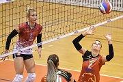 Volejbal, ženy - Ostrava – Frýdek-Místek, 17. října 2018 v Ostravě. Na snímku (vpravo) Simona Lukáčová.