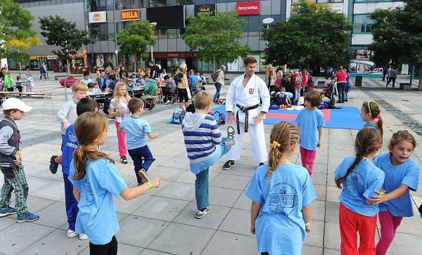 Den karate vOstravě.