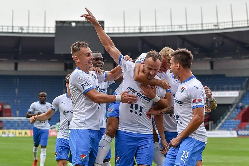 Utkání 2. kola první fotbalové ligy: Baník Ostrava - Fastav Zlín, 1. srpna 2021 v Ostravě. (střed) David Lischka z Ostravy se raduje z branky.