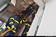 Hned ke dvěma požárům novostaveb rodinných domků vyjížděli ve čtvrtek moravskoslezští hasiči. Topení zřejmě sehrálo roli v případě, který se stal v Ostravě-Svinově.