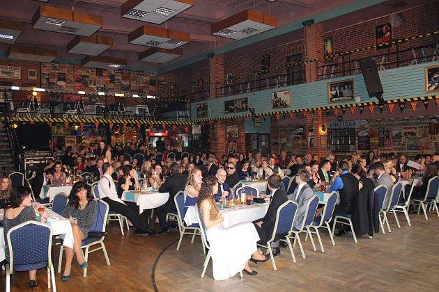 Ples podnikatelského klubu Czech Cool Trade Club se letos uskuteční 26. ledna od 20 hodin v Garage Restaurant Music Clubu v Ostravě-Martinově.