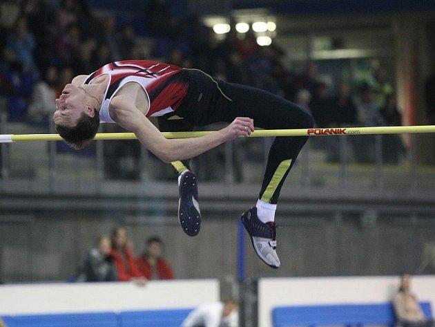 Ruský výškař Andrej Těrešin vyhrál šestý ročník Ostravské laťky.