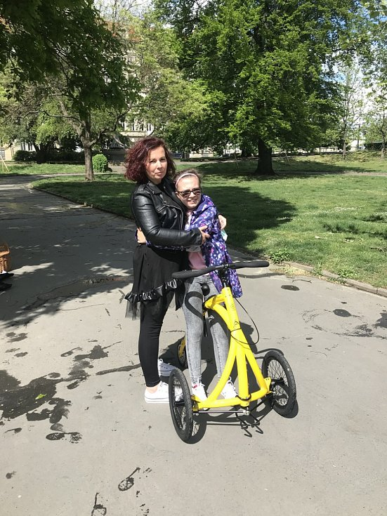 Z kola Alinker se těší i třináctiletá Lara z Liberce.