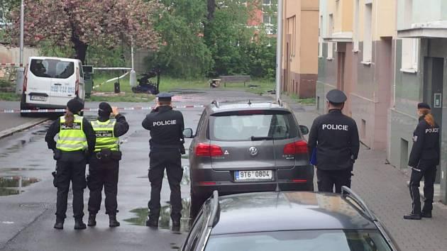 Policejní zásah v ulici Karolíny Světlé v Ostravě-Přívoze.