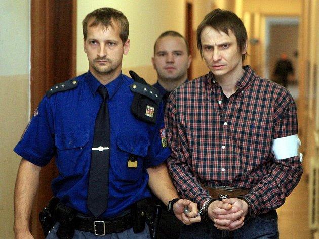 Patrik Vicher je obžalován z brutální vraždy. Hrozí mu až výjimečný trest.