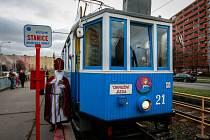 Projížďka historickou tramvají s mikulášem a čertem.