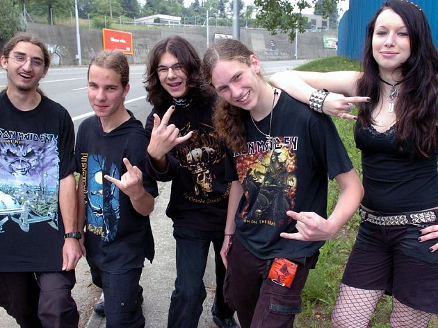 Fanoušci se v Ostravě chystali na koncert Iron Maiden