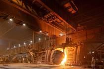 Tandemové pece na ocelárně, které budou nahrazeny hybridními.