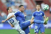 Utkání 28. kolo první fotbalové ligy FC Baník Ostrava - FC Sloban Liberec, 12. května v Ostravě. (vlevo) Tomáš Poznar a Coufal Vladimír.