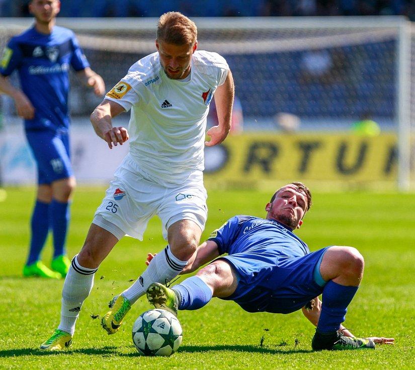 Fotbalový zápas FC Baník Ostrava - FC Sellier Bellot Vlašim 2:0. Tomáš Mičola.