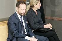 Primátor Ostravy Tomáš Macura a jeho náměstkyně Kateřina Šebestová vypovídali jako svědci před Okresním soudem v Ostravě také v červnu 2016.