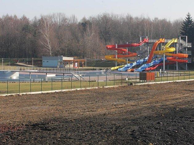 Vodní areál v Ostravě-Zábřehu začal veřejnosti sloužit v létě roku 2006. Kdy se dočká očekávané dostavby aquaparku?
