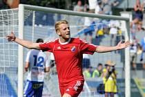 První branku Baníku ve druhé lize vstřelil ve Znojmě Lukáš Lupták