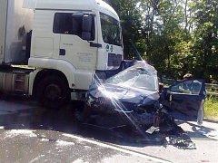 Nehoda na Místecké ulici v Ostravě.