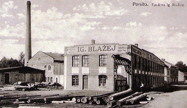Vzpomínku na starou továrnu na nábytek Ignáce Blažeje našli varchivu Poruby.