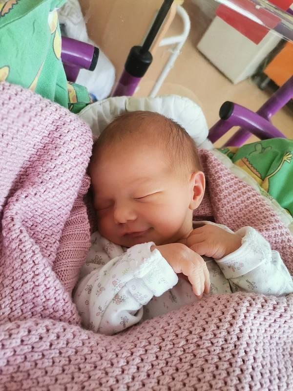 Valentýna Strakošová, Paskov, narozena 10. září 2021 v Havířově, míra 50 cm, váha 2800 g. Foto: Michaela Blahová