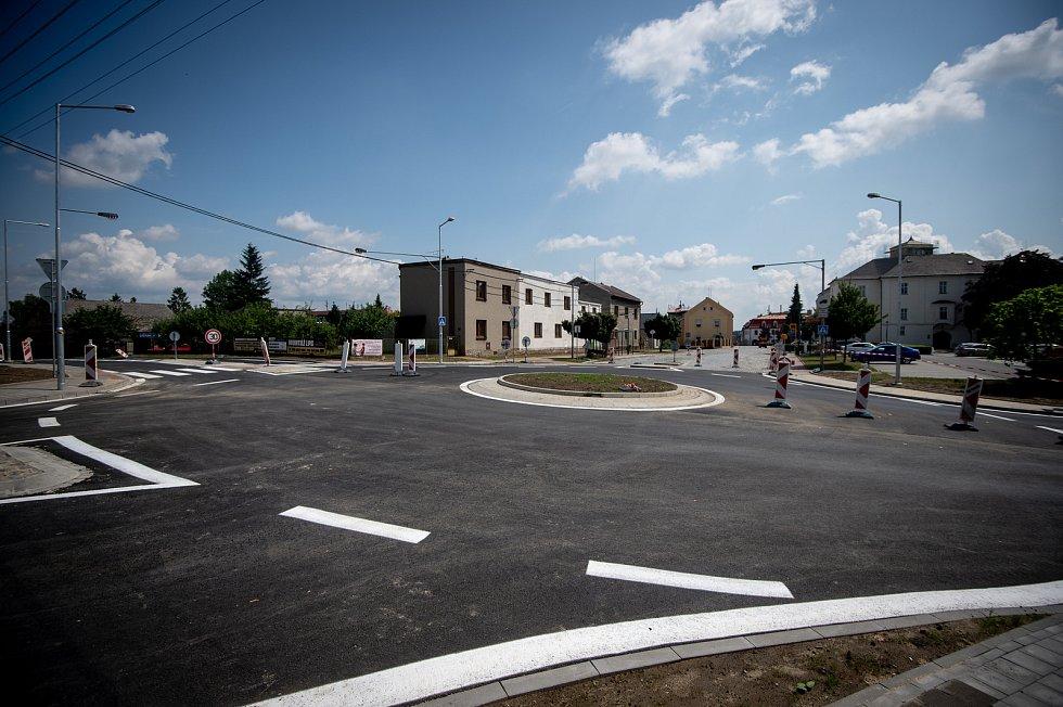 Kruhový objezd v Klimkovicích, srpen 2019 v Ostravě.