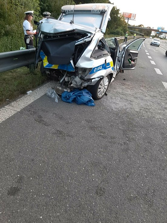 Nehodu zavinila opilá a zdrogovaná řidička.